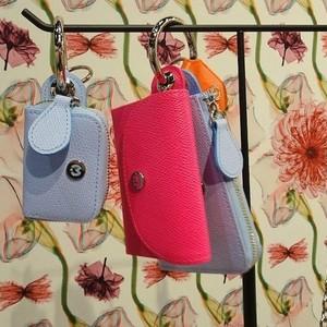 ハンズフリーかどうかが重要、キーホルダータイプの財布に注目集まる