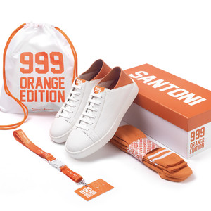 「サントーニ」がシリアルナンバー入りの限定スニーカーを製作、日本では20足を発売