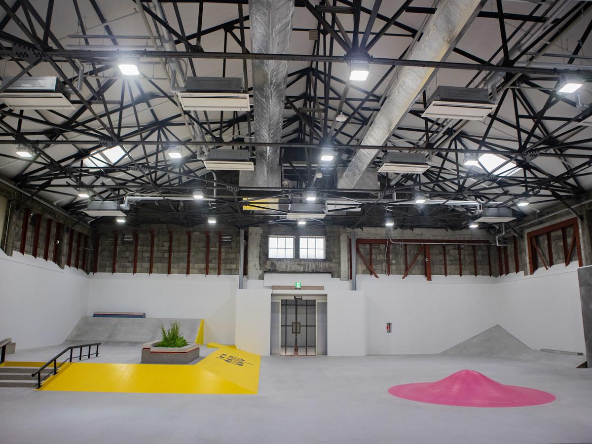 a39a3805fcf ナイキ SBのスケートパーク「Nike SB dojo」でスケートコミュニティーを盛んに、都内最大級の屋内型施設が誕生