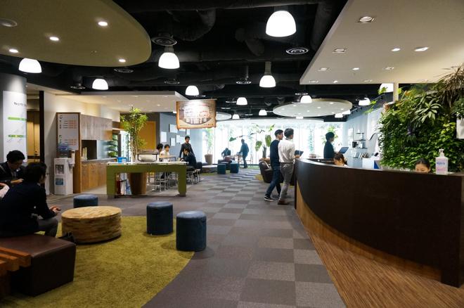 amazon_office_20160118_001.jpg