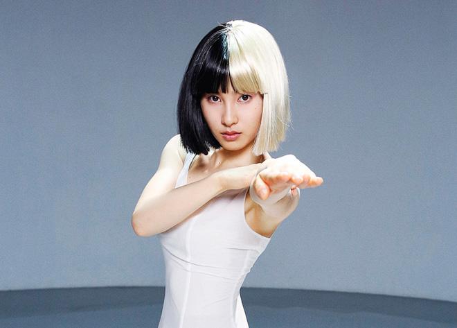 【動画】土屋太鳳がコンテンポラリー・ダンス披露、シーア「アライヴ」