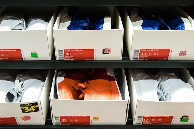 sneaker-factory-outlets-nike-adidas-5.jpg