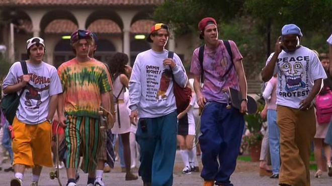 【動画】絶対に真似してはいけない90年代スケーターファッションの7