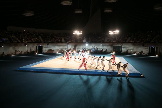 isseymiyake-aomori-show-130718_052.jpg