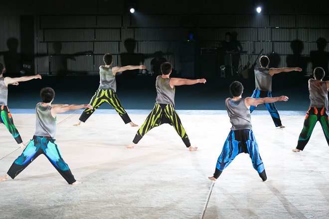 isseymiyake-aomori-show-130718_098.jpg