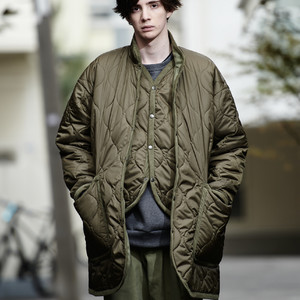 OVER THE STRiPES 2018-19 Autumn Winter コレクション