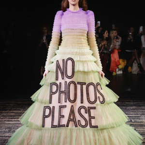 VIKTOR&ROLF 2019 Spring Summer Haute Couture コレクション