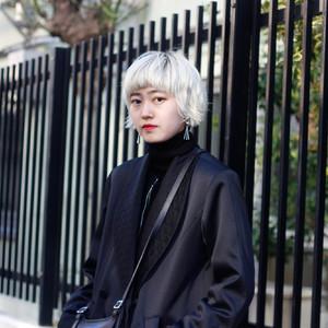 ストリートスタイル:  Job: 美容師